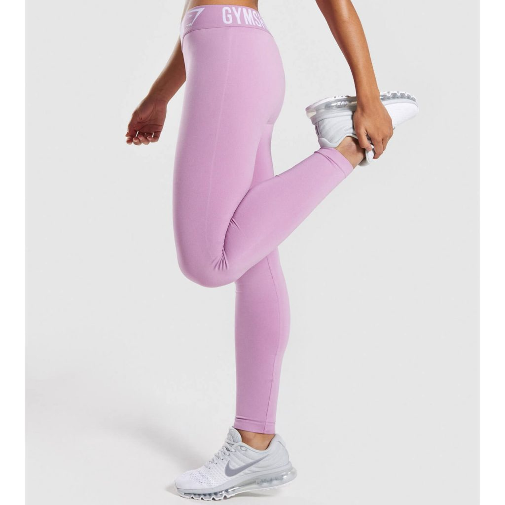 Fit_Leggings_Pastel_Grape_White_C-Edit_HK_6a964689-a995-4154-a671-f1bcd7eaf4d3_1440x