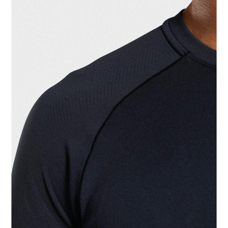 Lightweight_Seamless_SS_T-Shirt_-_Black_D2-EditEdit_DW_1440x (1)