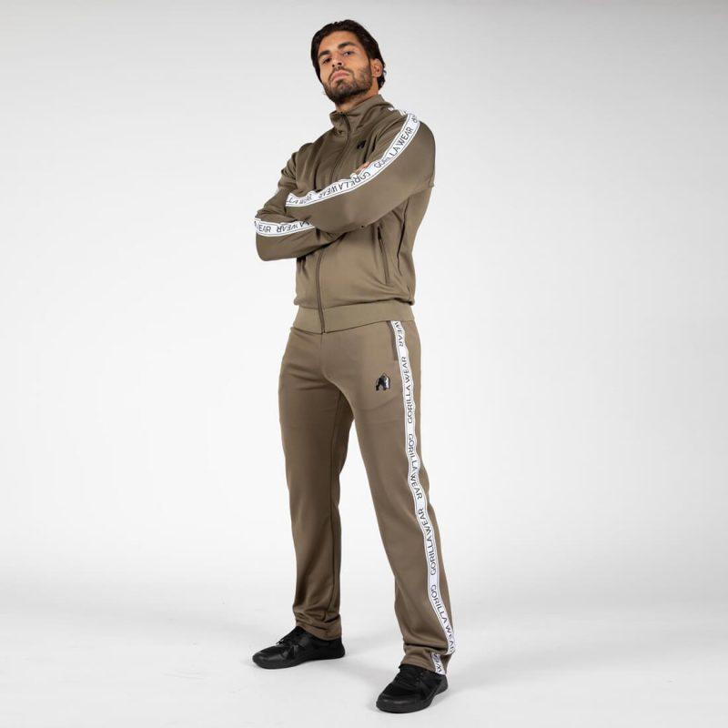 gogo-02_0007_wellington-track-jacket-olive-green-3.jpg