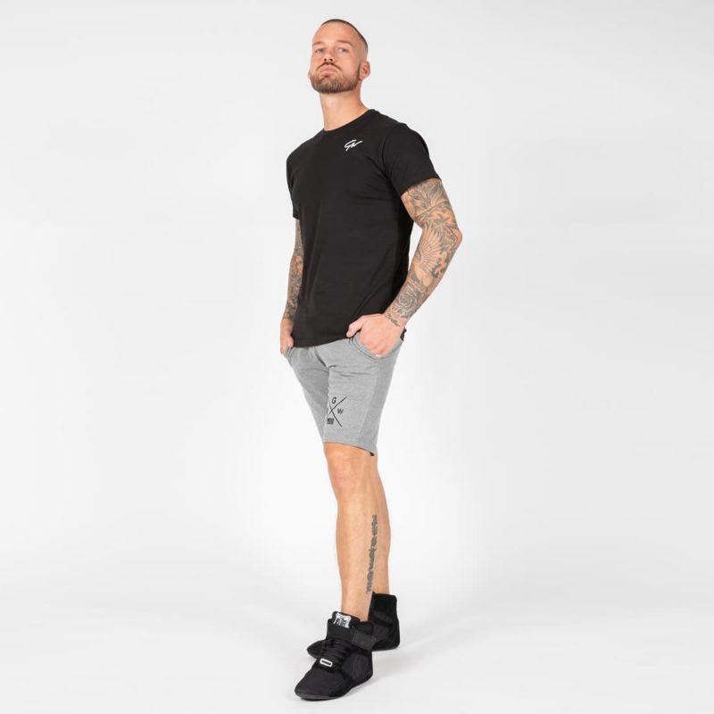 G1G-06_0002_johnson-t-shirt-black-3.jpg